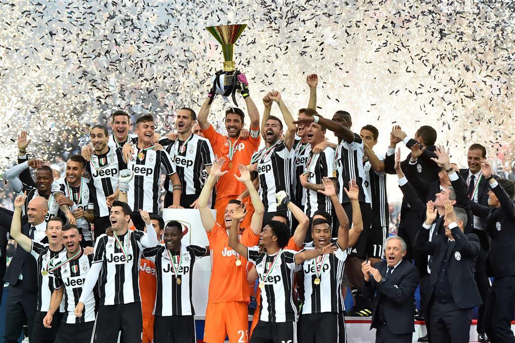 Juventus - AC Miláno