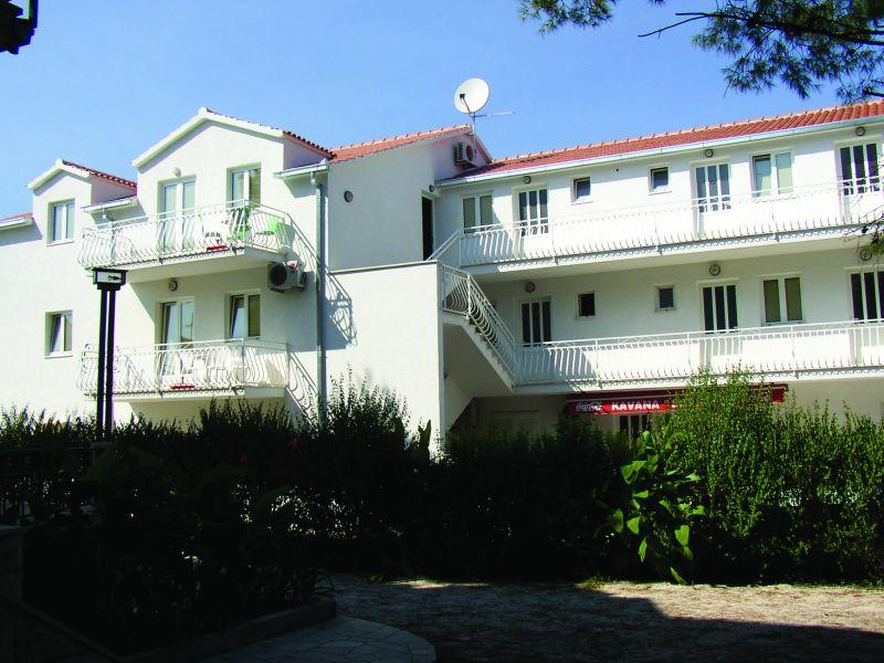 Aparthotel Babura